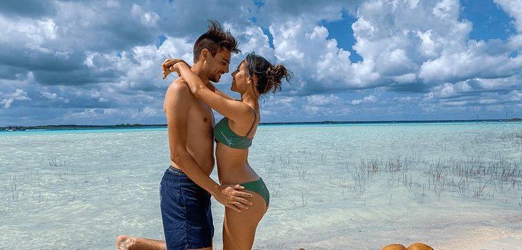 voyage couple min