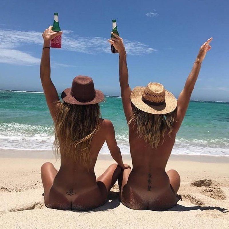 Rencontre des femmes àla plage